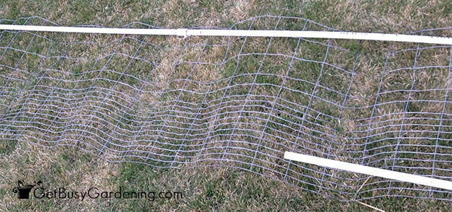 Weaving PVC Into Fencing