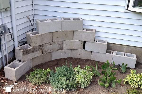 Cinder block corner planter design layout