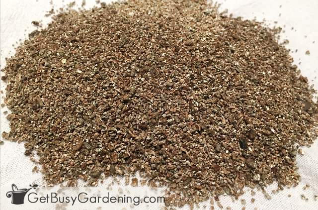 Vermiculite DIY seed starting mix ingredient