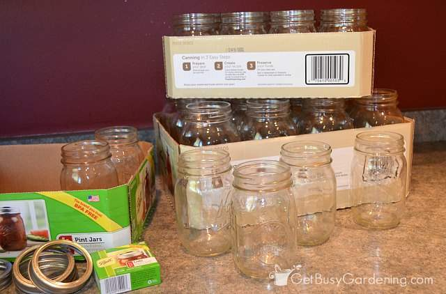 Preparing jars for canning