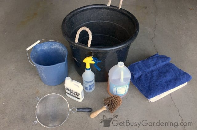 Supplies for soaking plants in soapy water