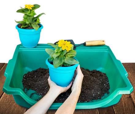 Portable tabletop potting tray
