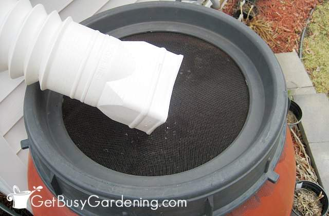 Rain barrel for storing and using rainwater in the garden