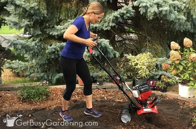 Preparing foundation soil for planting