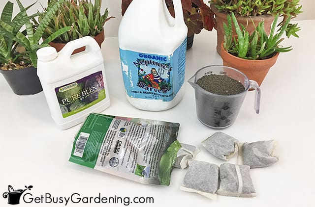 Different types of organic houseplant fertilizer