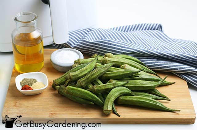 Ingredients to make healthy okra fries