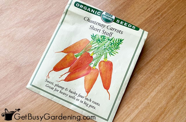 Different types of carrot seed packets